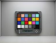 Isolight chart holder to check illuminance uniformity, magnetic mounting